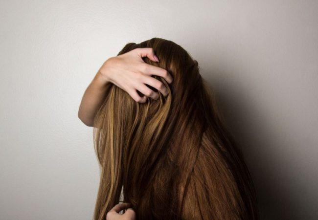 shampoo-antigiallo-capelli_800x534