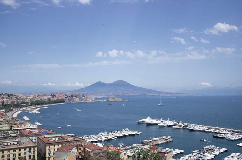 San-Martino-Napoli-uno-scenario-incantevole-da-non-perdere_800x530